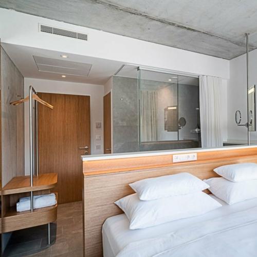 longstay-suite-1110202